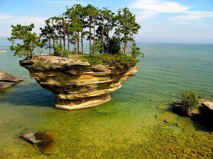 lo mas Sitio Increíble Turnip Rock, Huron County, Michigan