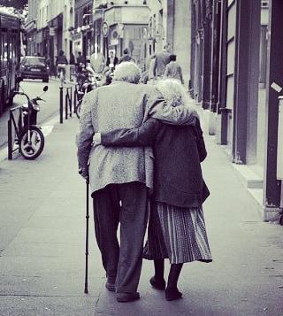 cuidado de personas mayores - Cuidadoras de ancianos 2