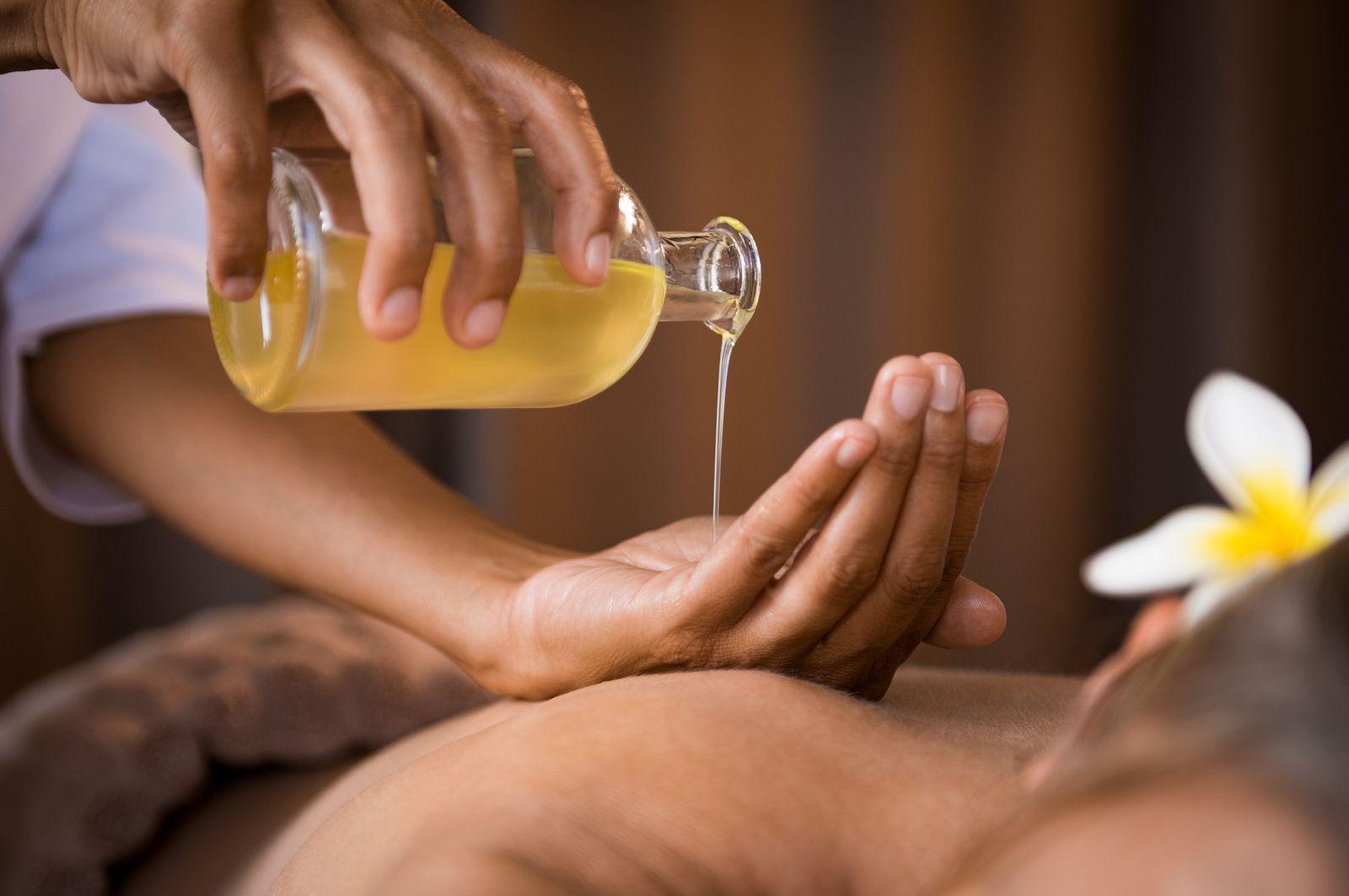 Beneficios de los masajes relajantes para personas mayores: presente y futuro