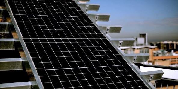 ¿Es el momento adecuado para instalar paneles solares?
